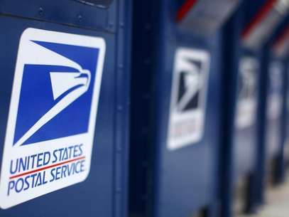 A view shows U.S. postal service mail boxes at a post office in Encinitas, California February 6, 2013. Foto: Mike Blake / Reuters