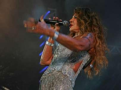 Cantora ficou encabulada com o furo em seu vestido durante o show Foto: Otavio de Souza/Especial para o Terra