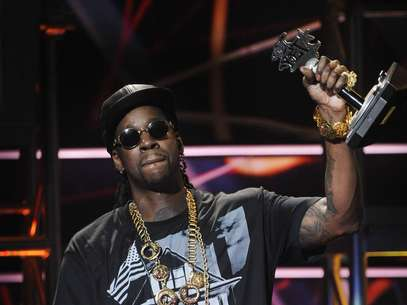 2 Chains accepts The People's Champ award at the BET Hip Hop Awards in 2012. Foto: Getty Images
