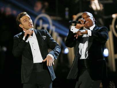 Justin Timberlake performs with Jay-Z (R) at the 55th annual Grammy Awards in Los Angeles, California, February 10, 2013. Foto: Mike Blake / Reuters