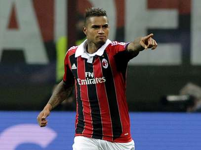 Kevin-Prince Boateng celebrates after opening up the score for Milan.  Foto: Getty Images