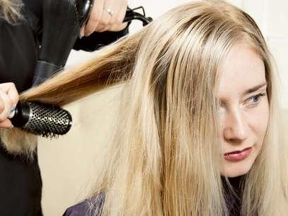 Especialista ensina 10 dicas para evitar a queda de cabelos Foto: Shutterstock