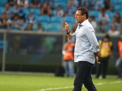 Equipe deVanderlei Luxemburgo teve dificuldades para ameaçar o gol da equipe rival Foto: Lucas Uebel / Grêmio FBPA / Divulgação