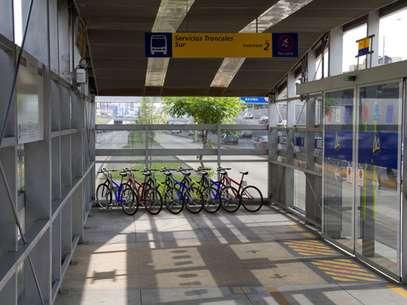 Imagen de estacionamientos para bicicletas en estaciones del Metropolitano. Foto: Municipalidad de Lima / Terra Perú