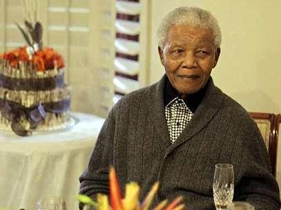 El portavoz de la presidencia sudafricana aseguró que Mandela respira 'sin asistencia' Foto: AP