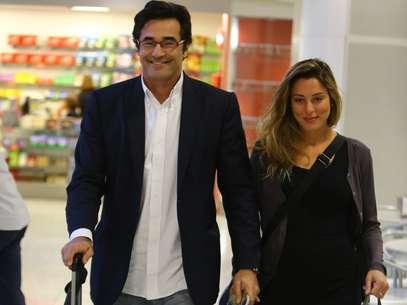 Luhanna Melloni, namorada do ator Luciano Szafir, têm sido apontada como a mais nova mamãe do mundo artístico Foto: Marcello Sá Barretto / AgNews
