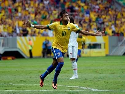 """Neymar vivia jejum e por isso foi """"mordido"""" para o jogo contra o Japão, de acordo com Galvão Bueno Foto: Getty Images"""