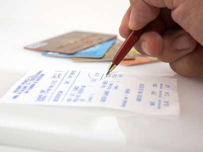 O melhor a fazer com o dinheiro que sobra no cartão pré-pago é guardar para a próxima viagem Foto: Shutterstock