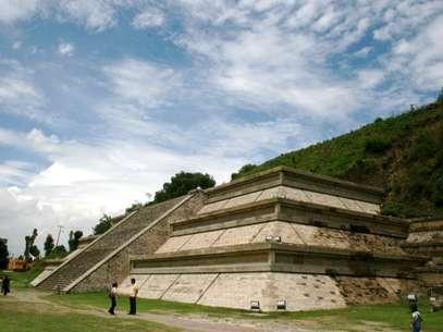 Uma das partes visíveis da Grande Pirâmide de Cholula, considerada pelo Livro Guinness dos Recordes o maior monumento já construído  Foto: Rogerio Enriquez/Creative Commons