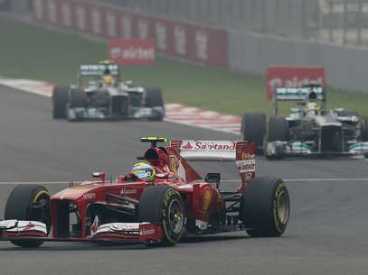 Felipe Massa por pouco não subiu ao pódio na Índia Foto: AFP