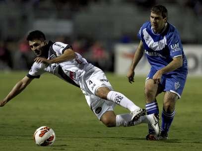 Ponte Preta não conseguiu a vantagem da vitória em casa contra o tradicional Vélez Sarsfield Foto: Reuters