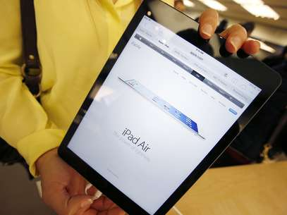 iPad Air, anunciado dia 22 de outubro em evento em São Francisco, estreia nas lojas nesta sexta-feira Foto: Reuters