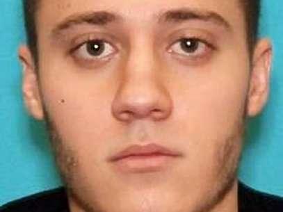 Imagem divulgada pelo FBI mostra Paul Ciancia, 23 anos, que foi identificado como o atirador  Foto: AP