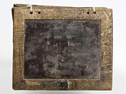 Tábua de cera da Roma antiga tinha tamanho de tablet moderno Foto: BBCBrasil.com