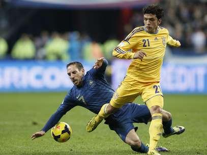 Ribery se lesionou representando a França nas Eliminatórias Foto: AP
