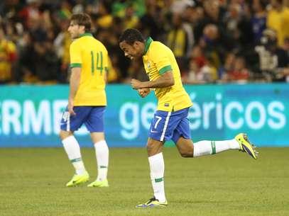 Vitórias sobre Honduras e Chile recolocaram Brasil entre os 10 primeiros do ranking da Fifa Foto: Mowa Press / Divulgação