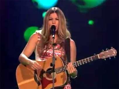 Mesmo com alta reputação, Fantine foi eliminada pelo público no 'The Voice' holandês Foto: Reprodução