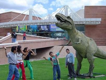 As réplicas de dinossauros encantam os mais novos no Museu de Ciência e Tecnologia Descubre Foto: Creative Commons