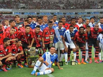 Flamengo pretende reforçar time campeão da Copa do Brasil em 2013 Foto: Rossana Fraga / Agência Lance