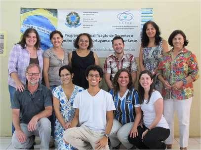 Cooperantes é como são chamados os docentes que participam do Programa de Qualificação de Docente e Ensino de Língua Portuguesa da Capes. Na foto, grupo de 2012 Foto: Divulgação