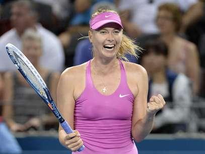 Após pouco mais de quatro meses sem jogar, Sharapova não encontrou dificuldades para derrotar adversária francesa Foto: Getty Images