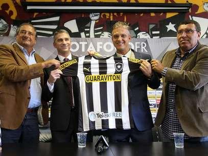 TelexFree patrocina Botafogo e levou equatorianos para torcerem pela equipe carioca Foto: Vitor Silva/SS Press/Botafogo / Divulgação