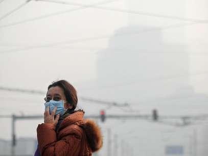 Poluição do ar cobre a cidade de Pequim Foto: AFP