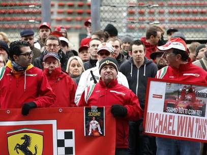 Staff de Schumacher agradeceu apoio mundial de fãs Foto: Reuters