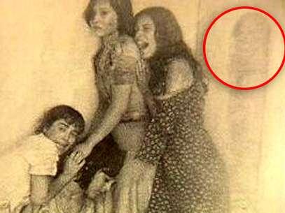 Uma fotografia do filme Joema, 23º andar mostra uma silhueta que seria de um espírito Foto: Reprodução