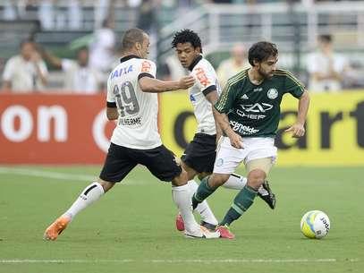 Chileno deve ser convocado para defender sua seleção no mundial Foto: Ricardo Matsukawa / Terra