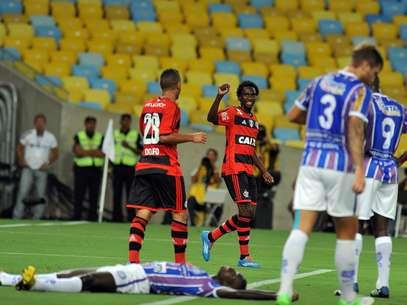 Negueba fez um dos gols da vitória flamenguista Foto: Peter Ilicciev/Agência Eleven / Gazeta Press