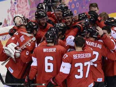 Canadá levou medalha de ouro no hóquei sobre o gelo Foto: AFP