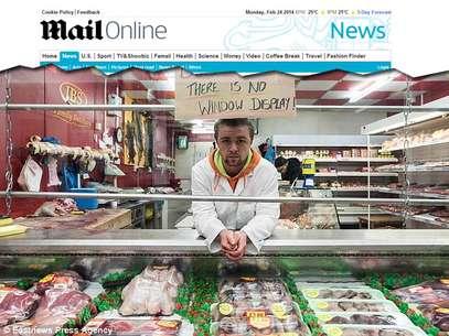 pessoas demonstraram seu descontentamento através de jornais locais e posts no Facebook Foto: Reprodução