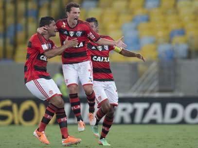 Time rubro-negro conseguiu vitória no primeiro jogo em casa na competição Foto: Mauro Pimentel / Terra