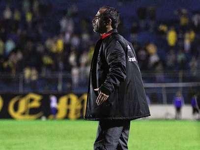 Contratado em 2012, técnico Rogério Zimmerman (foto) foi trazido ao clube pelo presidente Ricardo Fonseca; com dirigente, treinador indica jogadores para formar elenco competitivo Foto: Ítalo Santos / GEB