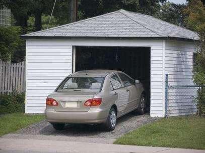 Cada vez mais as pessoas buscam dar outros usos para a garagem além de guardar carros Foto: Shutterstock