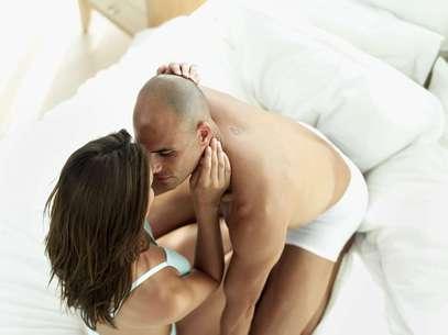 Na karezza, é permitido beijar, abraçar, masturbar o parceiro e praticar sexo oral Foto: Getty Images