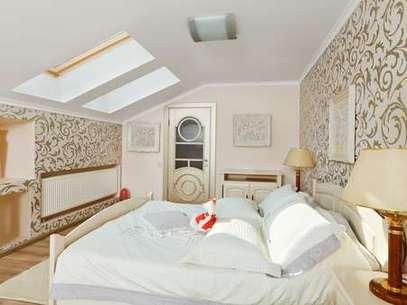 Janelas no teto devem estar previstas no projeto da casa. Caso contrário, demandam uma série de adaptações Foto: Shutterstock