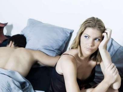 Dificuldade de falar sobre isso, todo mundo tem! Mas entender que as falhas na cama são normais é essencial para a vida sexual Foto: Getty Images