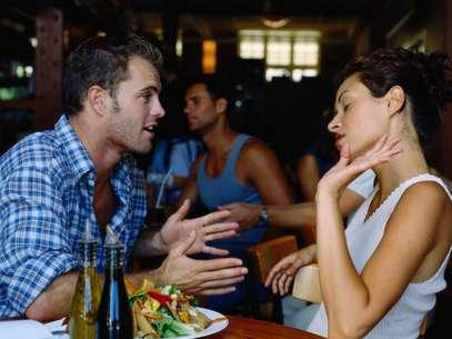 Para salvar uma relação, vale a pena prestar atenção nos sinais menos evidentes Foto: Getty Images