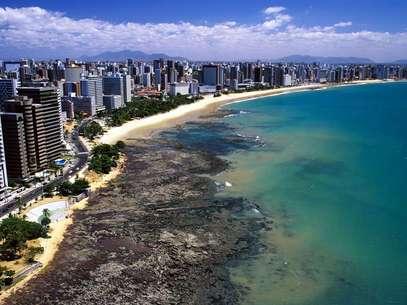 Praia de Iracema é cartão-postal de Fortaleza, no Ceará Foto: Divulgação