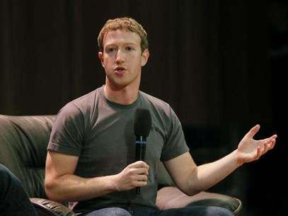 CEO e garoto prodígio do Facebook, Mark Zuckerberg anunciou os resultados da empresa em nota ao mercado Foto: Maxim Shemetov / Reuters