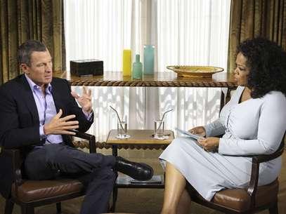 Depoimento de Armstrong para Oprah não é levado em consideração pelas agências de controle antidoping Foto: Reuters