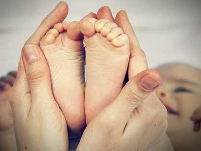 Para evitar infecções, o bicho do pé deve ser retirado com uma agulha esterilizada por um especialista Foto: Shutterstock