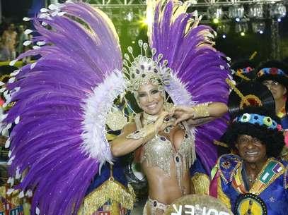 Scheila Carvalho desfila na Paraíso do Tuiutí Foto: Roberto Filho / AgNews