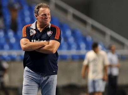 Treinador deu crédito a camisa 10 após pênalti perdido Foto: Mauro Pimentel / Terra