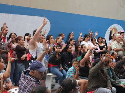 Pais de crianças da creche Brincar para Crescer protestaram na última quarta-feira contra o fim do convênio com a prefeitura de São Paulo Foto: Devanir Amâncio / vc repórter