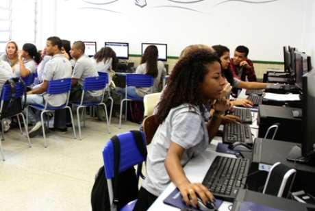Plataformas online facilitam o acesso a conteúdos de qualidade Foto: Cris Torres-Seeduc/RJ / Divulgação