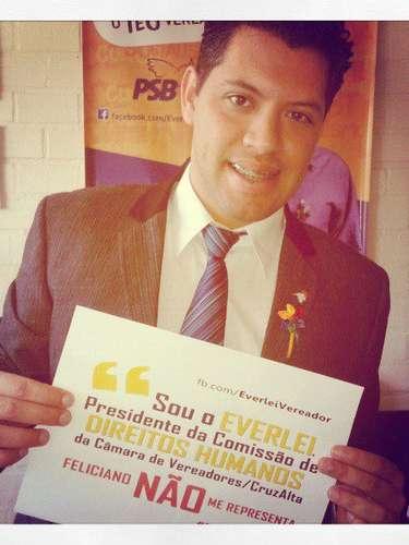 O vereador Everlei Martins (PSB), de Cruz Alta (RS), também se manifestou na internet