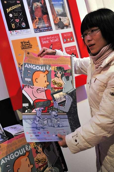 Francia celebra la edición número 39 del Festival Internacional de Libros de Cómic que ya es toda una tradición en el país europeo. Aficionados a los superhéroes, revistas y elementos relacionados llegan al lugar para disfrutar de una feria llena de color, libros y aventuras.